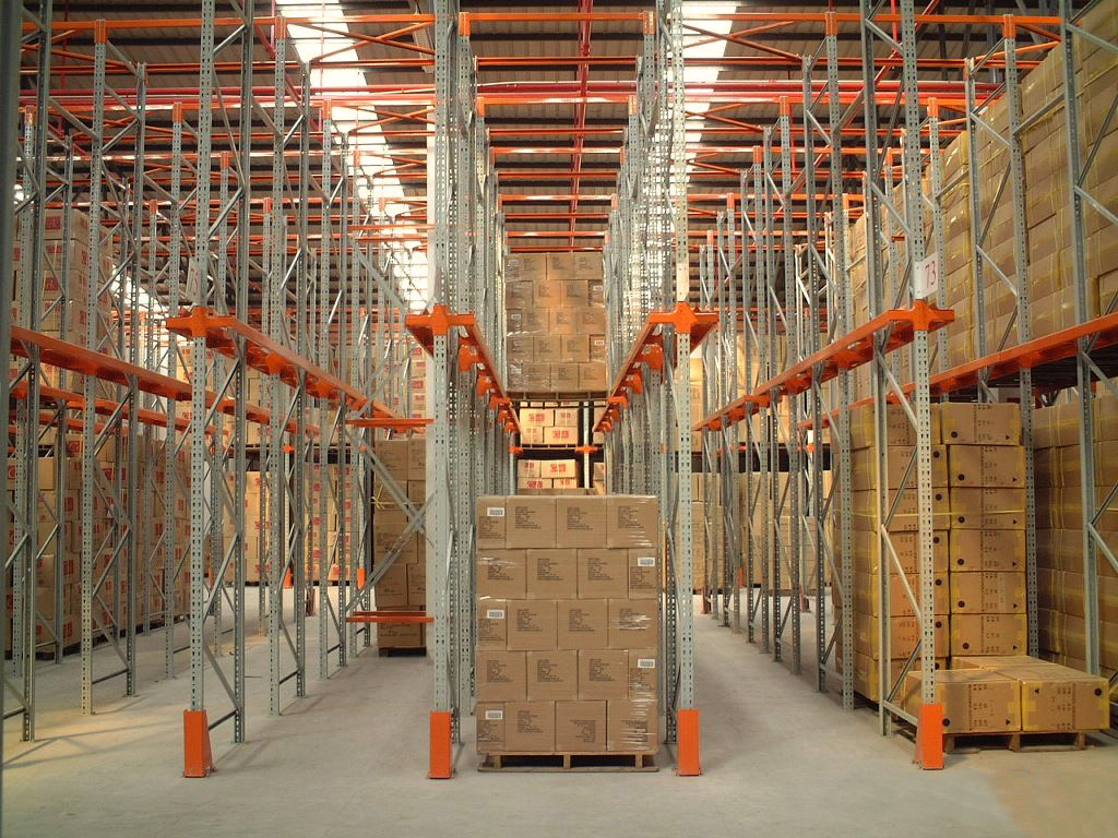 Affordable-Drive-in-Pallet-Racking-Services-Dubai-UAE