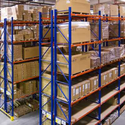 Racking-Shelving-Solutions-selective-pallet-racking-dubai-uae