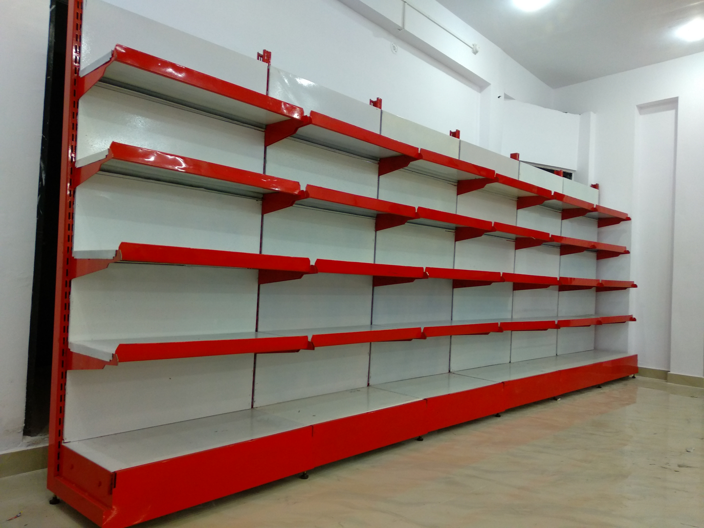 Supermarket-Shelving-uae