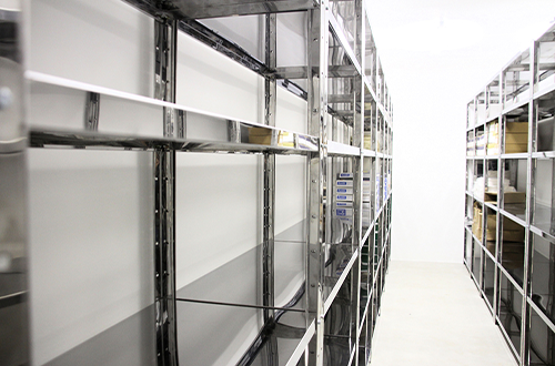 Affordable-Stainless-Steel-Shelving-Services-Dubai-UAE