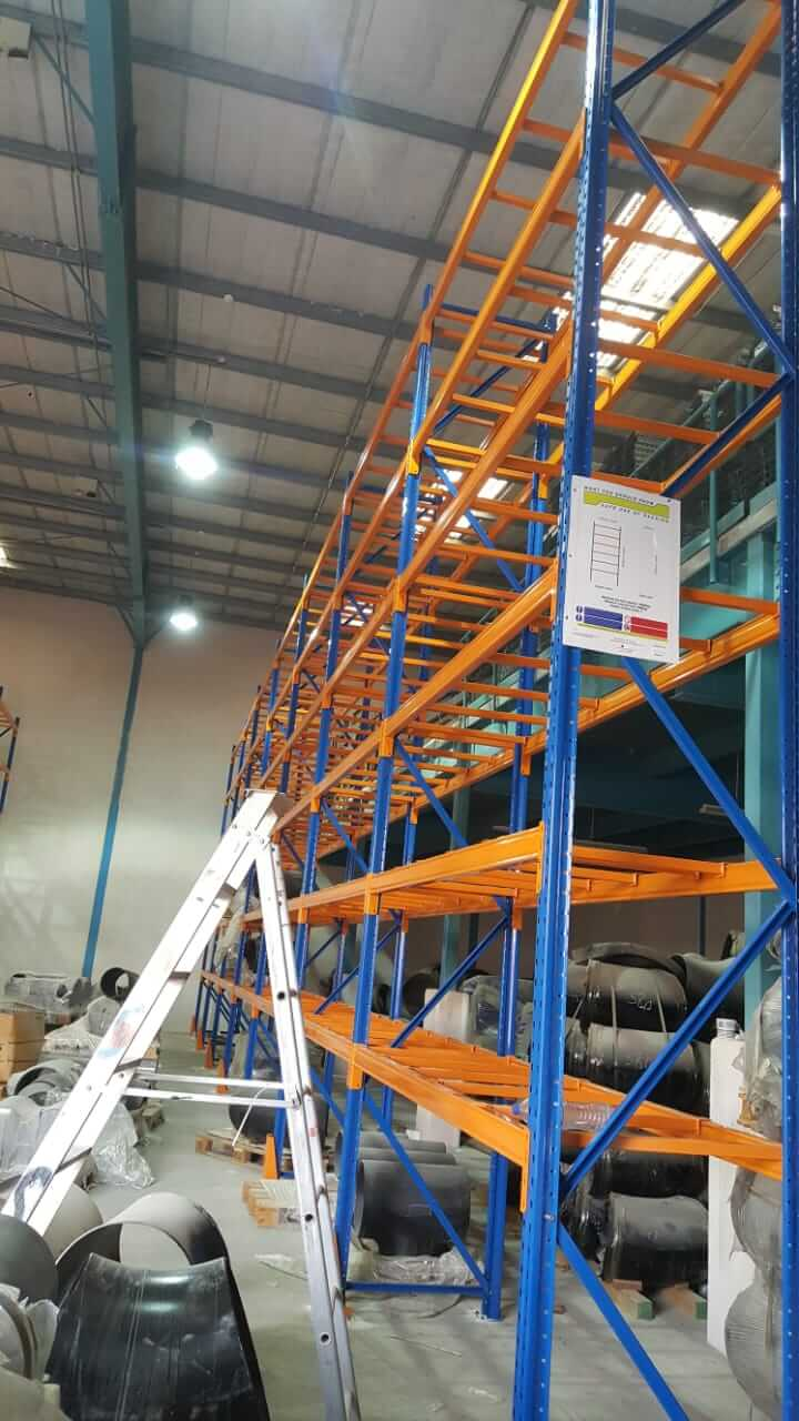 Selective racking system - 10